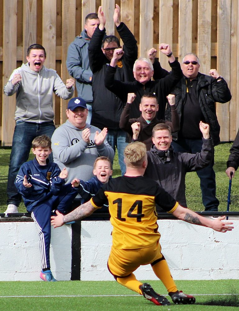 Cumnock Juniors v Auchinleck Talbot